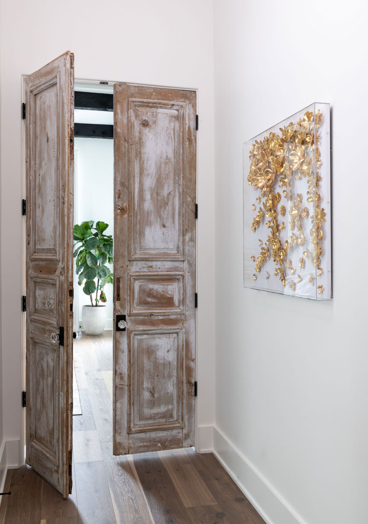 24-Hendricks-Hallway